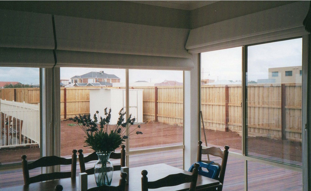 image of dining area roman blinds
