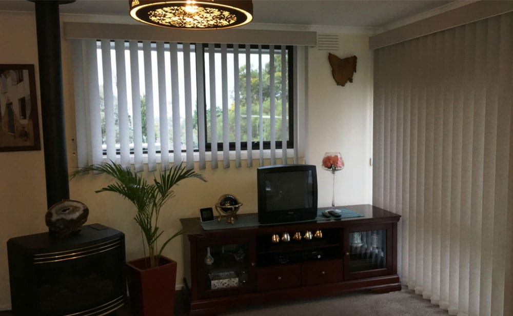 image of vertical-blinds-entertainment-room